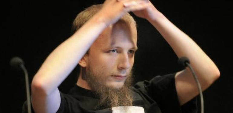 Svenske Anakata, som blev dømt for CSC sagen, men erklærede sig uskyldig.