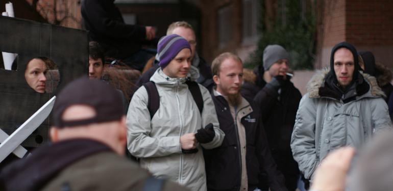Peter Sunde og Gottfrid Svartholm ankommer til retssagen.